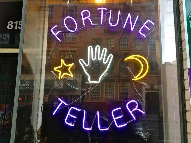 Live Psychic Readings: Everything You Need To Know